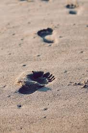FootprintsInSand
